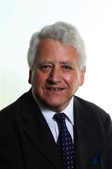 Photograph of Councillor John Perry